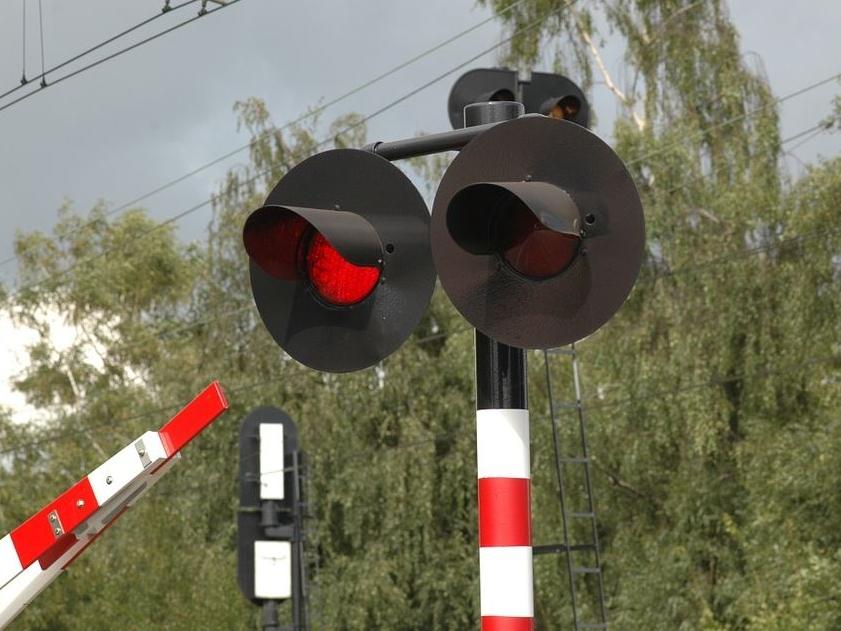 przejazd kolejowy, światła